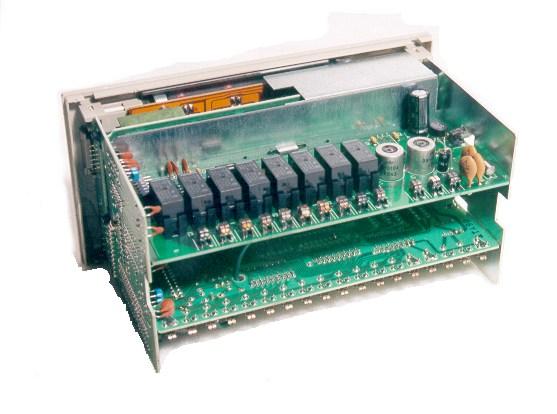 om-r1.jpg (51058 bytes)